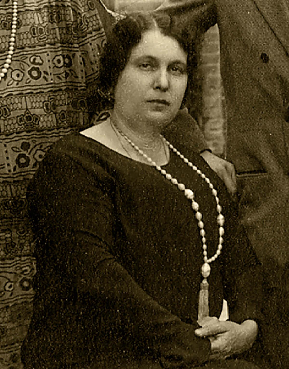 Dª Josefa Pérez