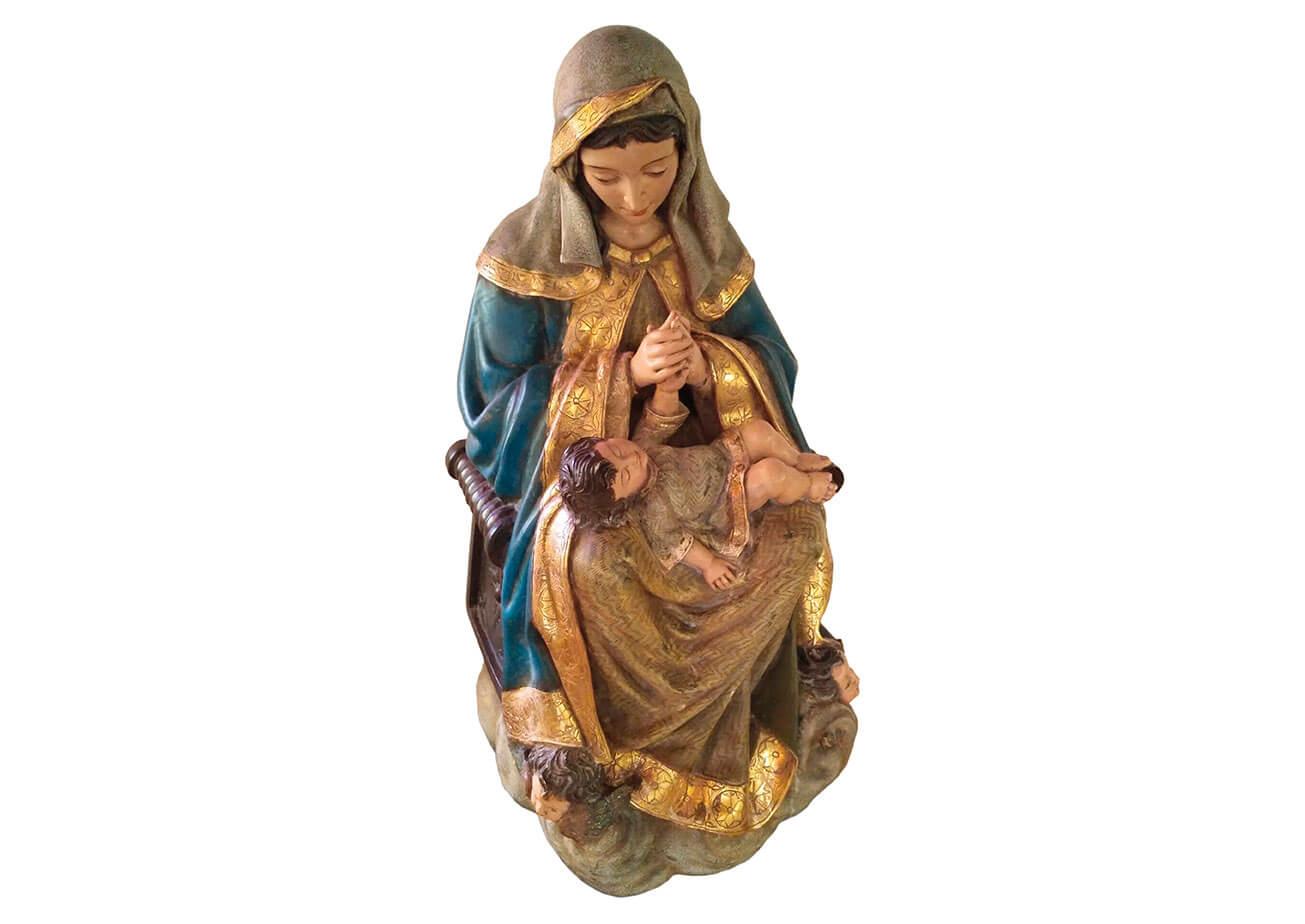 Jesús en el regazo de María